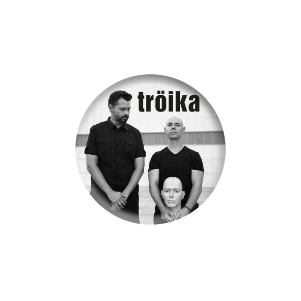 Tröika Button (MERCH40002)